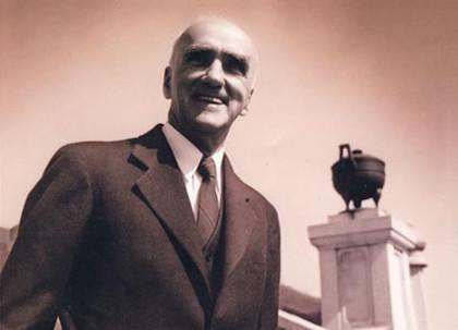 1949年6月6日:司徒雷登与中共再次接触