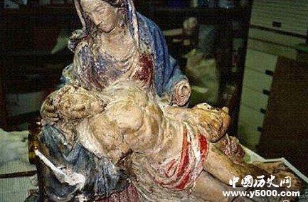 米开朗基罗圣母怜子雕塑模型500年后重回罗马