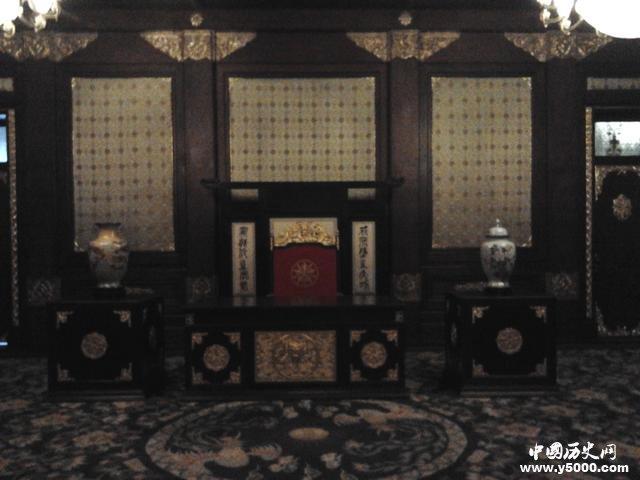 揭秘:伪满皇宫的内部装修图片
