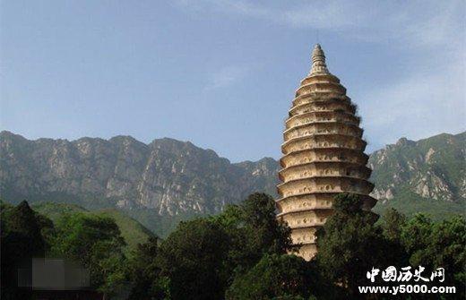 中国现存最古老的砖砌佛塔
