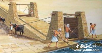 金字塔是怎么建造的 金字塔建造依靠的是斜坡理论?