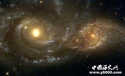 15亿光年外传来重复信号深度解析光年的距离是多少