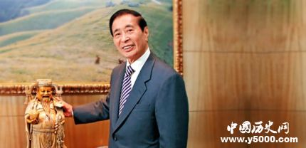 李兆基宣布退休李兆基资料简历