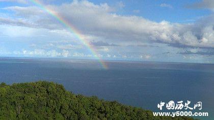 彩虹形成的原理 彩虹为什么是弯的