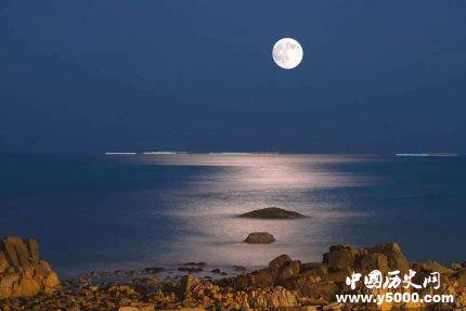 古代神话故事 月亮阴晴圆缺的原因是什么