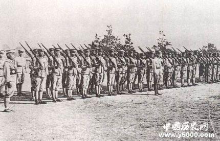 黃埔軍校第一任校長是誰_黃埔軍校歷任校長
