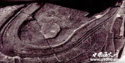 两亿年前的脚印之谜_两亿年前的脚印是真是假_2亿年前的人类脚印是谁的