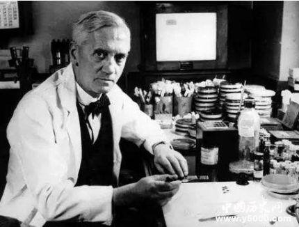 弗莱明与青霉素的故事_弗莱明是怎么发现青霉素的_弗莱明发现青霉素的故事
