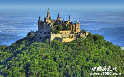 西方城堡为什么建在山上_西方的城堡建在高处的原因_城堡为什么建在山顶