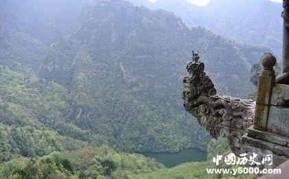 武当山最危险的香炉在哪里_武当山最危险的香炉是什么样的_武当山最危险的香炉为什么危险_中国历史网