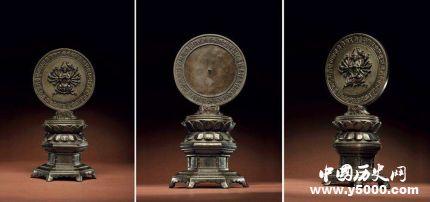 掛銅鏡有什么講究_銅鏡一般放在哪好_銅鏡的掛法