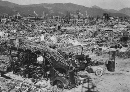 美军向广岛长崎投原子弹全过程