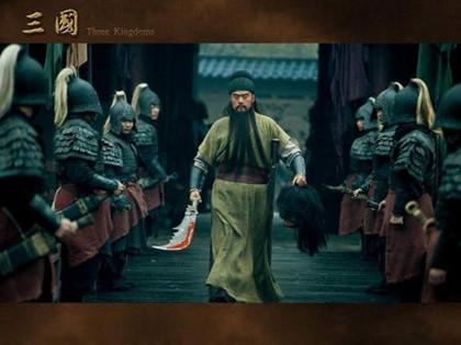 關羽溫酒斬華雄的故事_溫酒斬華雄原文及譯文_中國歷史網